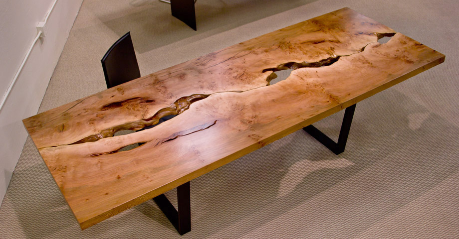 Urban lumber a valuable product that you walk by everyday for Table salle manger bois brut